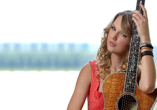 Taylor Swift :  avec guitare