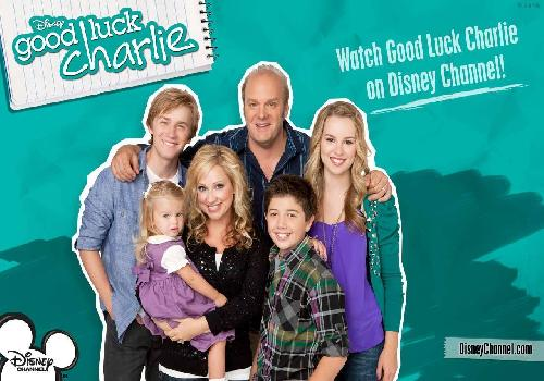 Good Luck Charlie, The Family